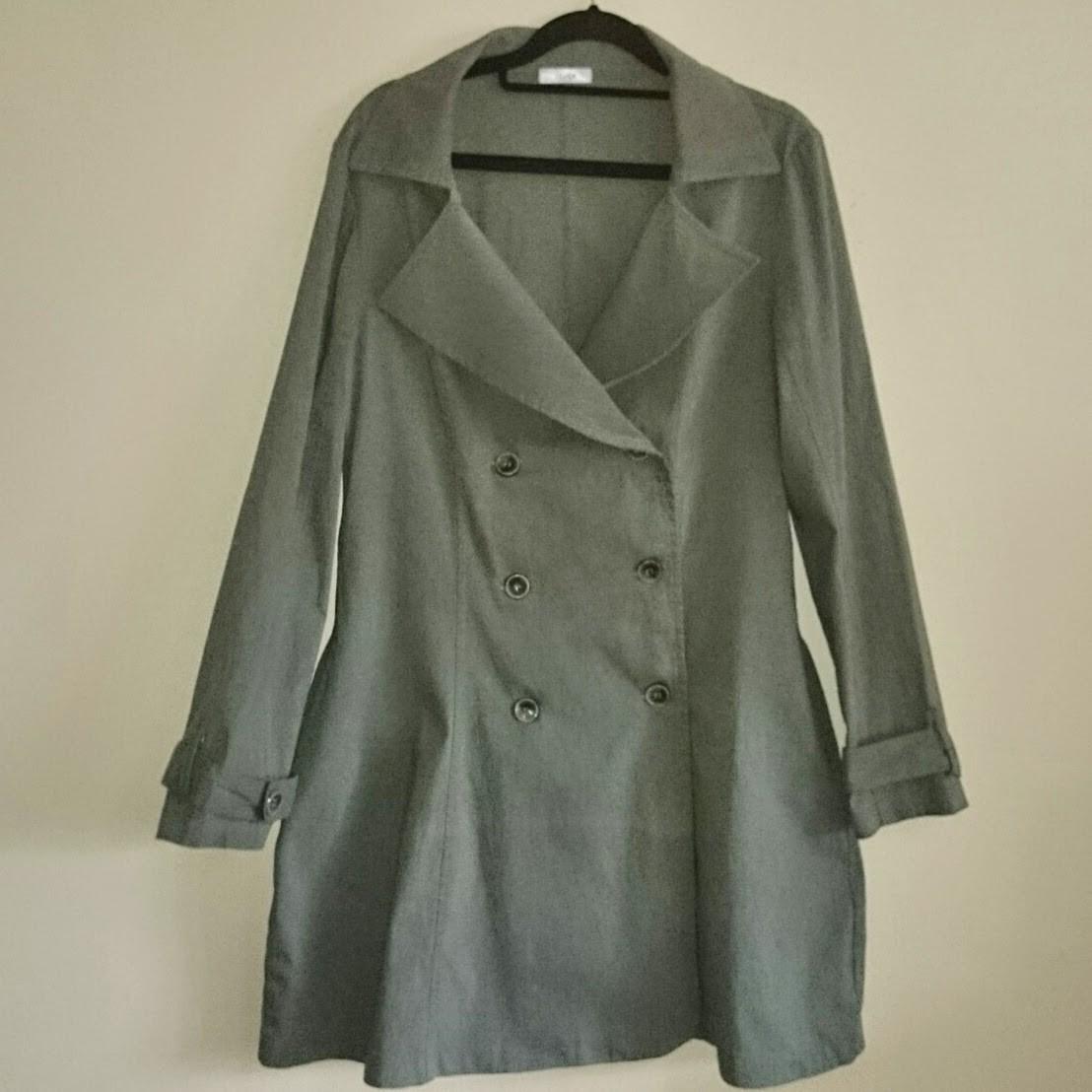casaco-78-trench-coat-vestido-acinturado-com-botoes-4042 Patchoulee